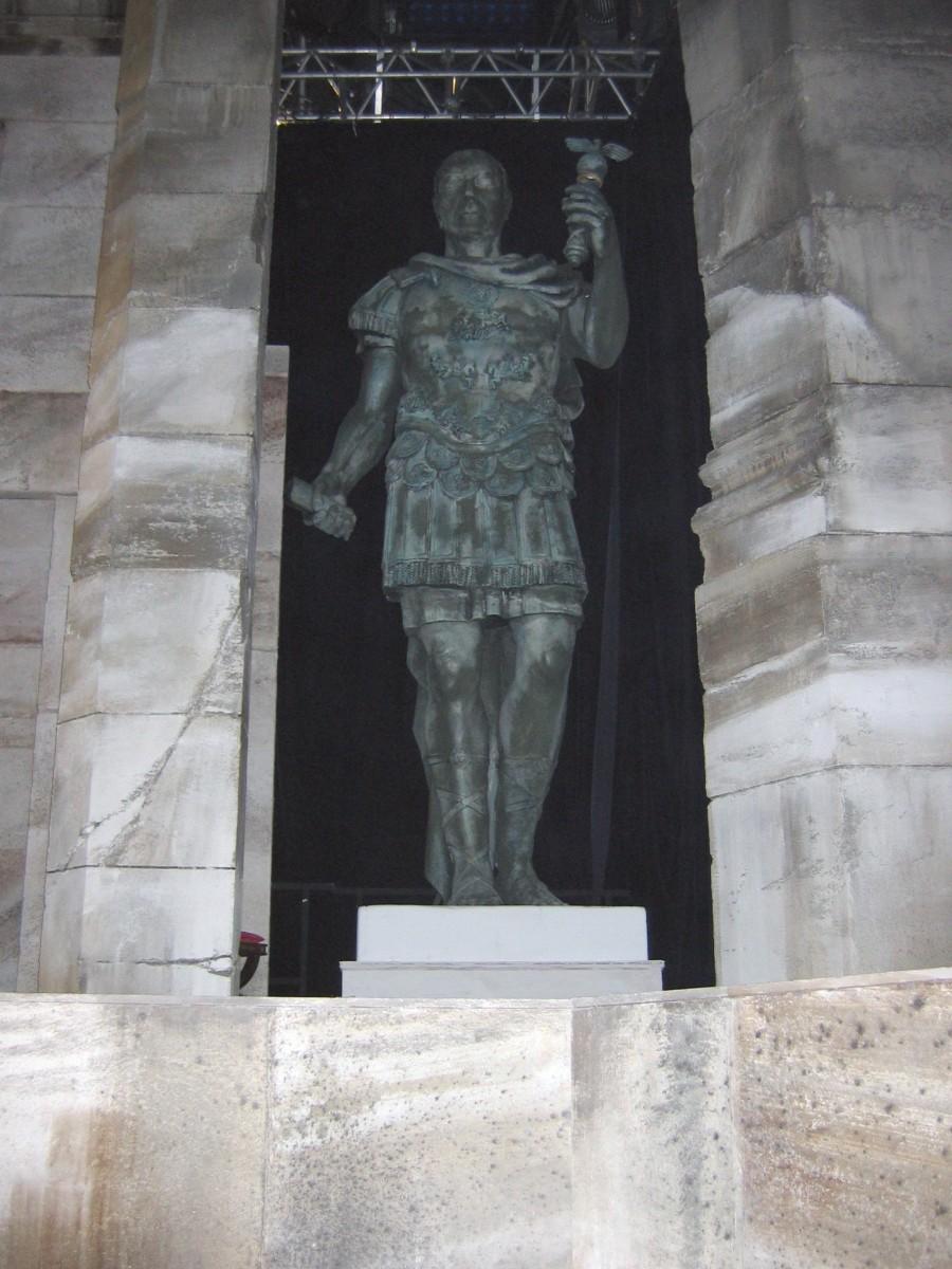 sculpture géante